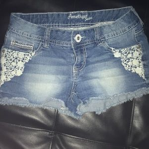 Amethyst blue jean shorts with lace